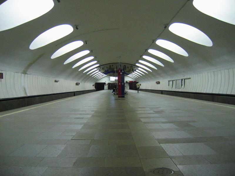 В ближайшие выходные закроют вестибюли девяти станций метро