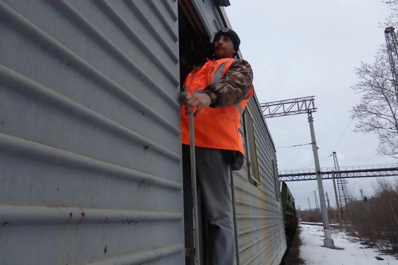 Сформировано 17 противоразмывочных поездов для защиты железных дорог от паводка