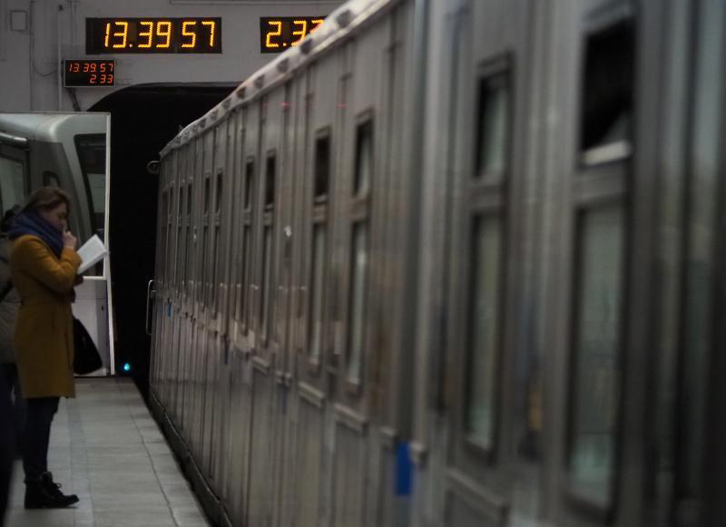 На участке оранжевой ветки увеличили интервалы движения поездов