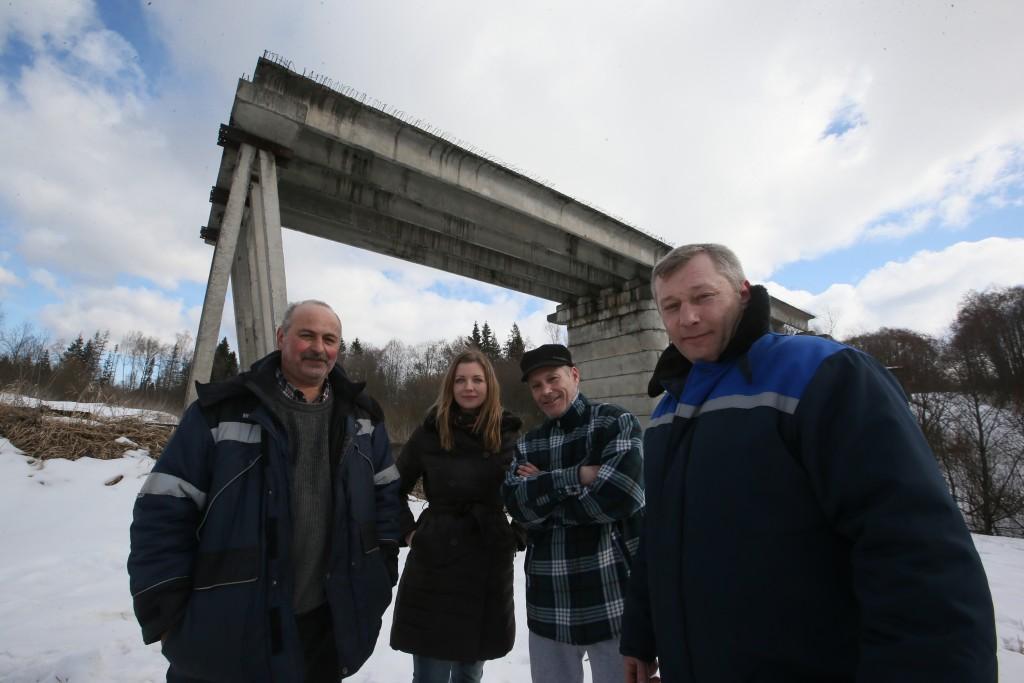 Мост оставили без прописки