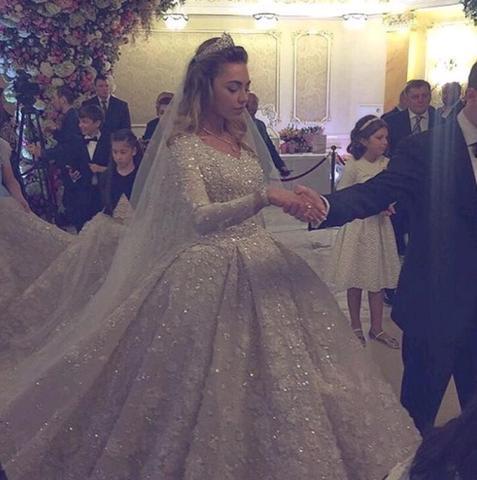 Дженифер Лопес и Элтон Джон побывали на свадьбе сына нефтяного магната