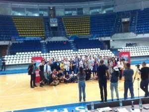 Молодые парламентарии Щербинки сыграли в стритбол во Дворце спорта «Динамо»