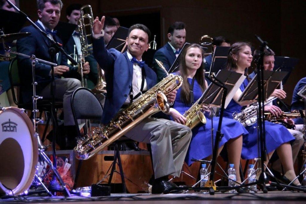 Троицкий джазовый оркестр собрал аншлаг на юбилейном концерте