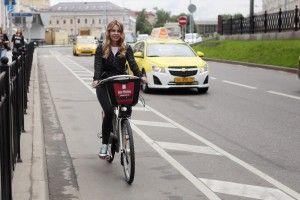 Ретропарковка для велосипедов открылась в Бабушкинском парке.