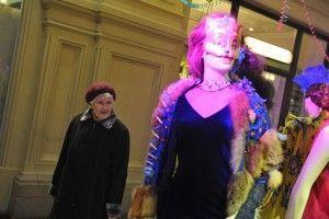 На ВДНХ открывается выставка «Кино и мода. Платья знаменитых киноактрис из фонда Александра Васильева»
