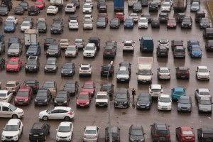 В Москве выявляют неправильно припаркованные машины