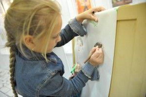 """Дети нарисовали подводный мир. Фото: архив, """"Вечерняя Москва"""""""