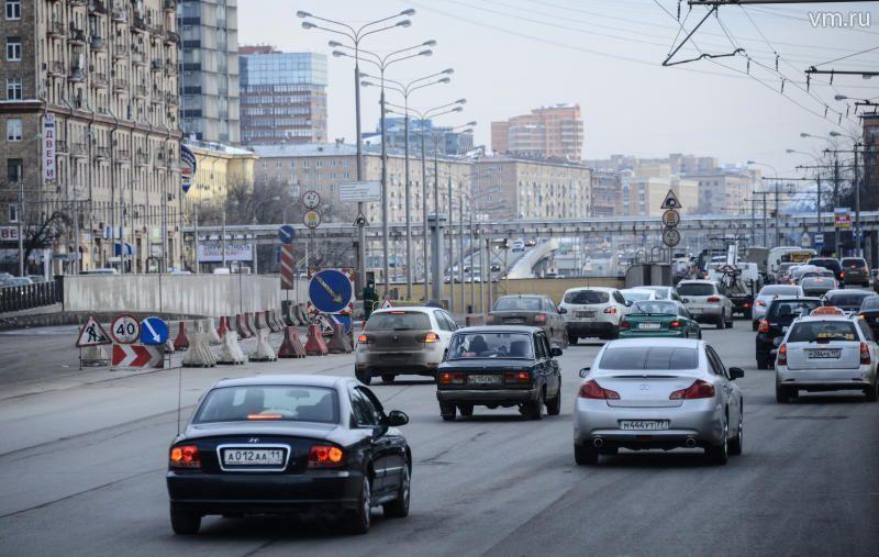 Нарушения правил поворота на дорогах Москвы зафиксируют 18 дополнительных камер