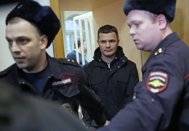 Продление ареста председателя совета директоров аэропорта Домодедово обжаловано его адвокатом