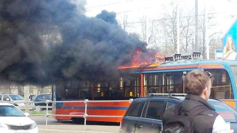 Трамвай загорелся на северо-востоке Москвы