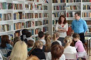 Встреча с писателями. Фото с официальной страницы ЦБС «Новомосковская» в социальных сетях