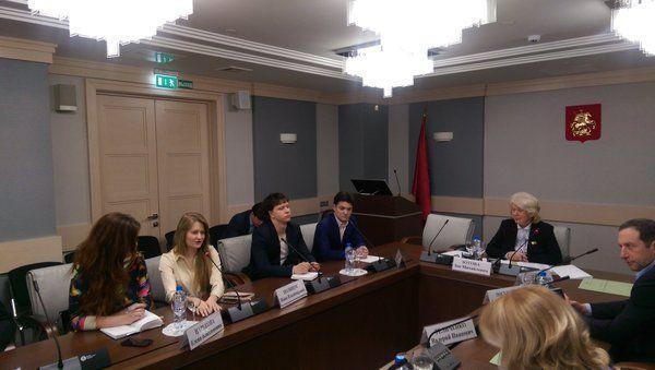 Молодые парламентарии обсудили субботники