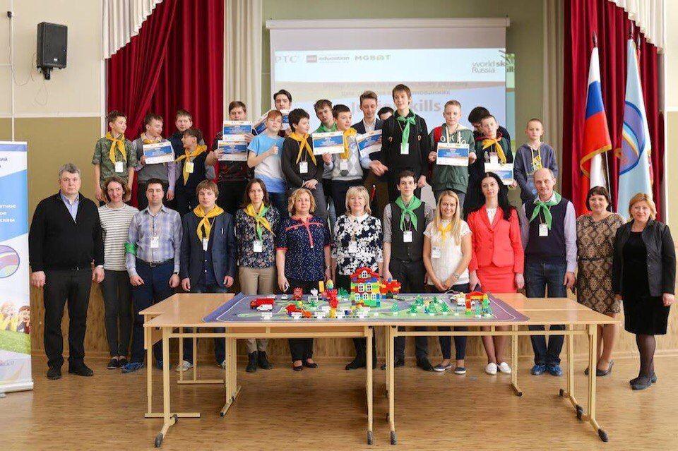 Победитель соревнований JuniorSkills из Новой Москвы отправится на Робофест