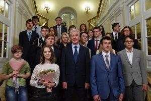 Мэр Москвы Сергей Собянин встретился со школьниками - победителями Всероссийской олимпиады