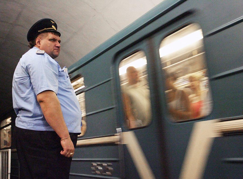 Пассажир выжил после падения с платформы метро «Шоссе Энтузиастов»