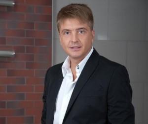 Полицейские задержали продюсера певца Витаса за езду на угнанной иномарке