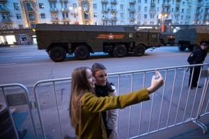 Из-за репетиции парада Победы перекроют некоторые улицы Москвы