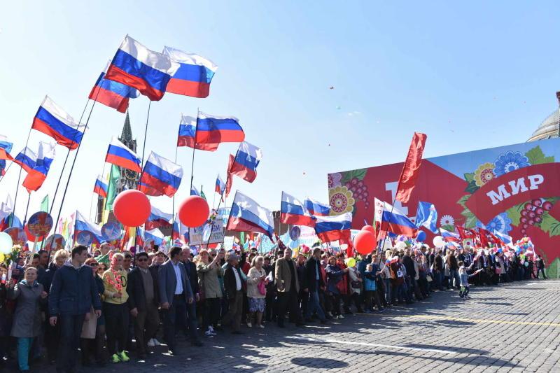 Более 100 тысяч человек приняли участие в первомайских мероприятиях