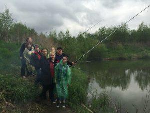 Молодежь Новой Москвы на рыбалке. Фото предоставила Юлия Еремина.