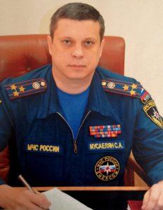 Начальник Управления МЧС по ТиНАО Сергей Мусаелян.