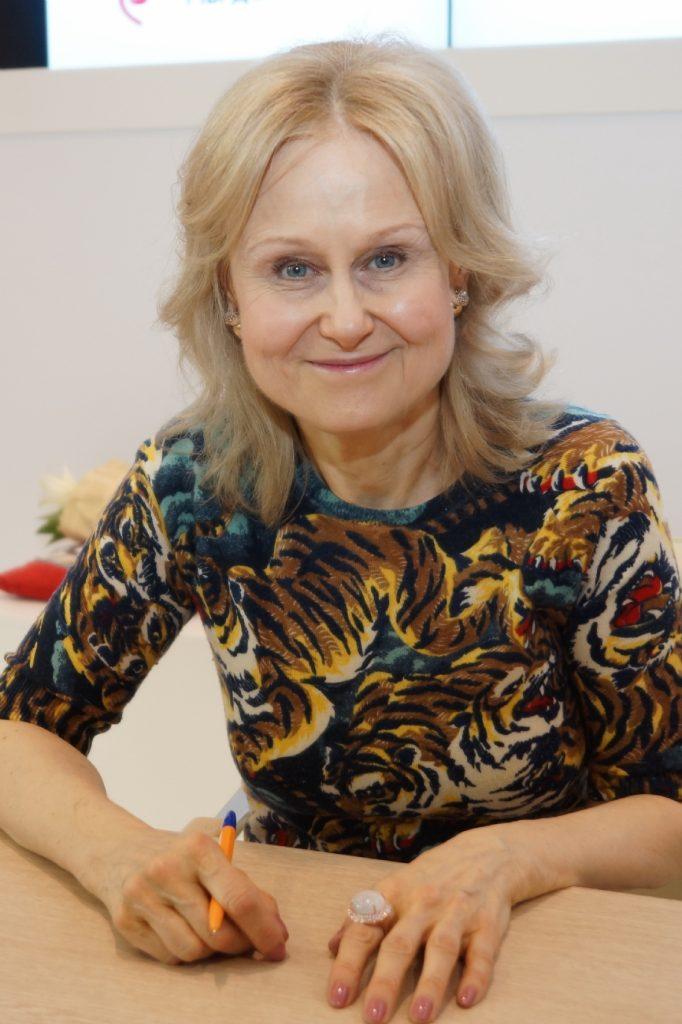 4 сентября 2015 года. Дарья Донцова на Московской книжной ярмарке