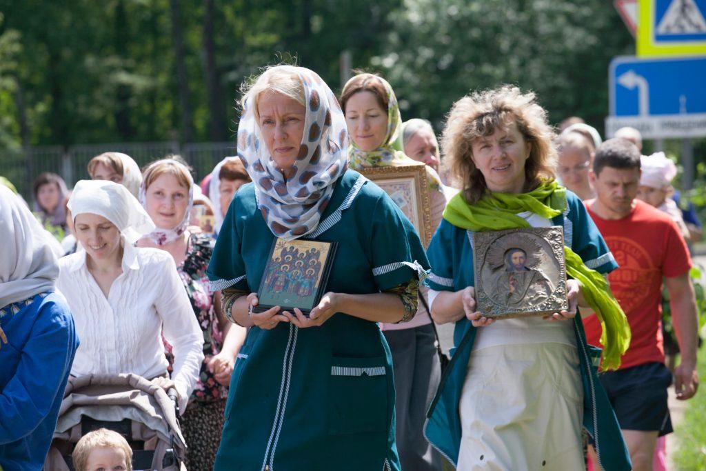 31 мая 2015 года. Жители Троицка на крестном ходе, посвященном празднованию Дню Святой Троицы