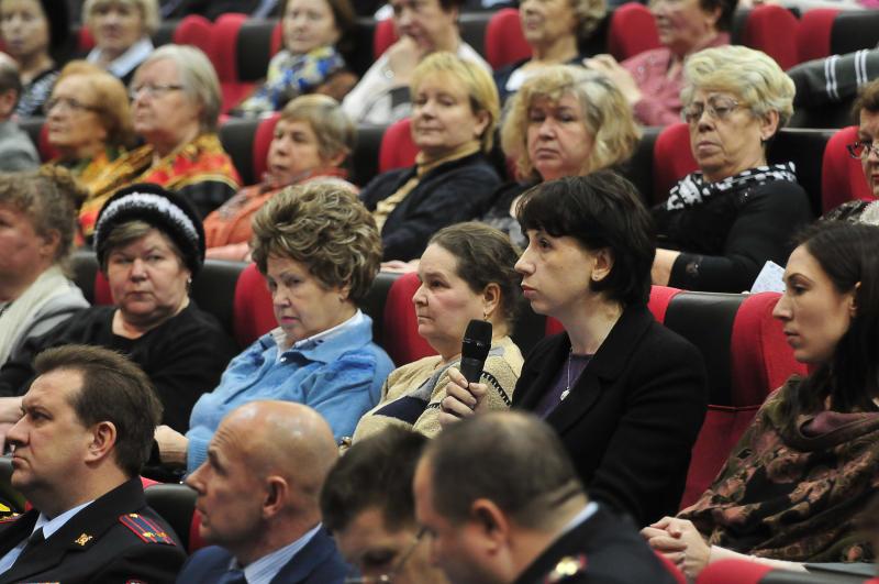 Главы поселений обсудили актуальные вопросы с населением