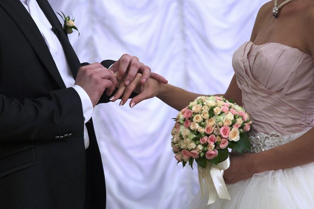 Столичные ЗАГСы и дворцы бракосочетания сделают перерыв