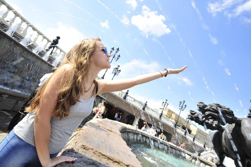 Активисты «Безопасной столицы» раздадут горожанам памятки с правилами поведения в жаркую погоду