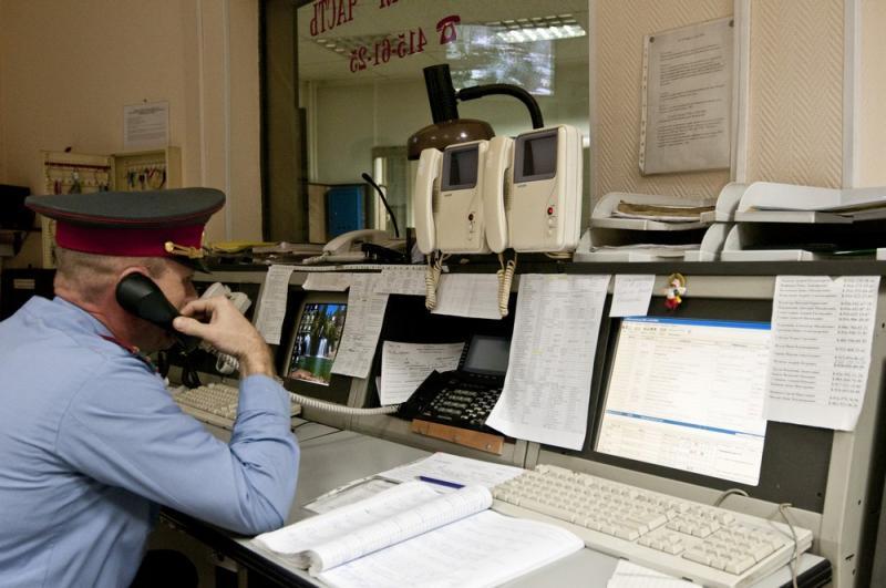 Полицейские напомнили порядок приема и регистрации заявлений граждан