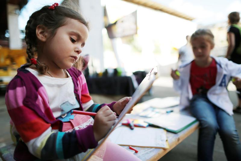 Горожан научат рисовать акварелью среди цветов