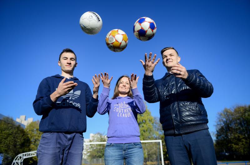 Будущее футбола: в Московском начался набор юных футболистов