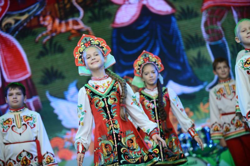 Коллективы Новой Москвы выступят на «Троицких гуляниях»