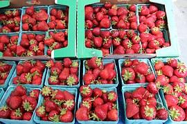 strawberries-1323619__180