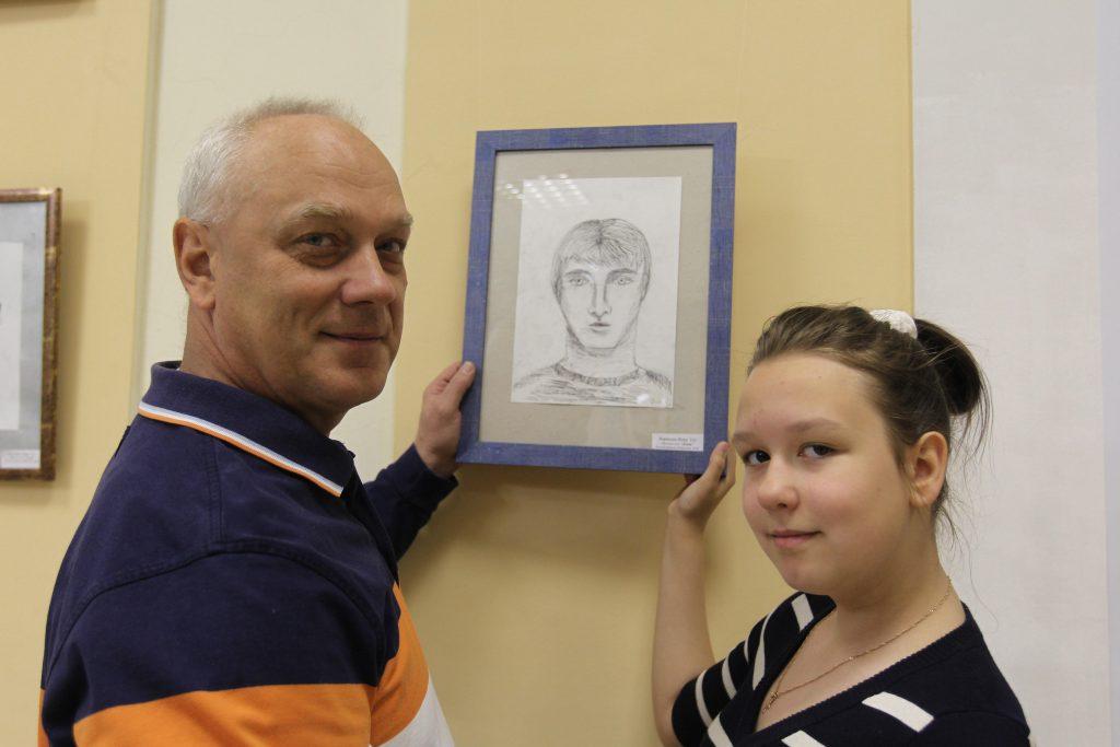 Михаилу Корякову дочь нарастила челку