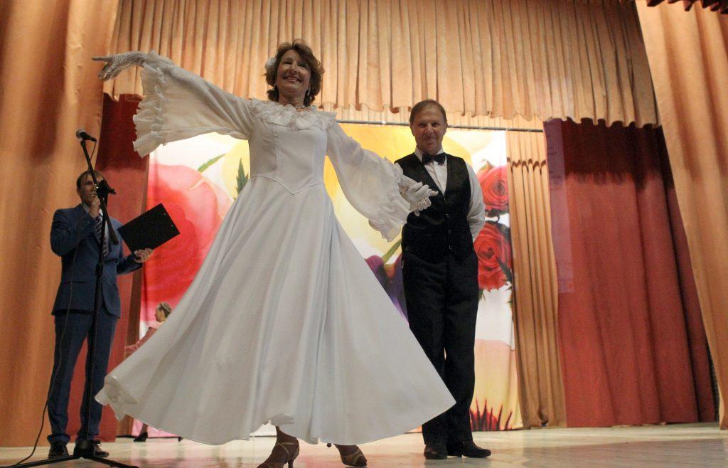 Бабушка, которая танцует
