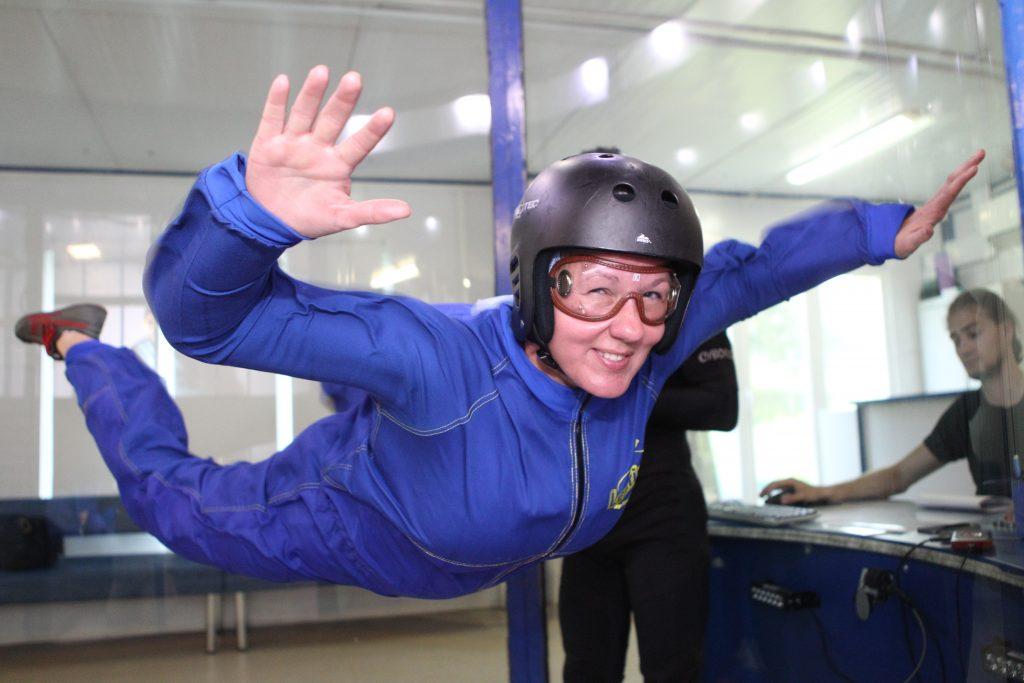 19 июля 2016 года. Москва. Анна Давиденко после 25-летнего перерыва вновь ощутила радость полета. В аэротрубе