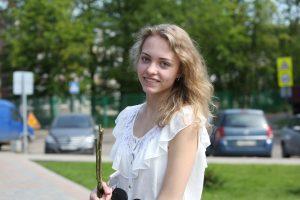 Вероника Архиреева из Троицка окончила школу. Впереди — вуз и крепкая семья