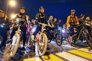 """В субботнюю ночь пройдет заезд велосипедистов. Фото: архив """"ВМ"""""""