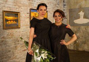 Художники Елена Бегма (слева) и Анастасия Дубач (справа). Фото: сайт www.budurisovat.com