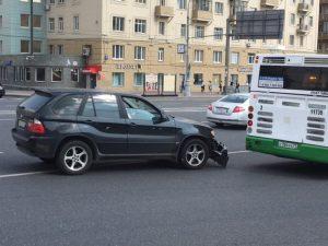 """Дорожно-транспортное происшествие зафиксировали на западе Москвы. Фото: архив """"ВМ"""""""