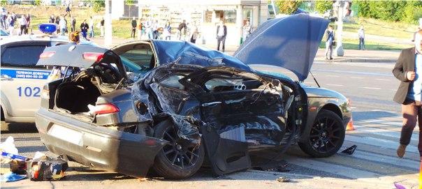 Пешеход пострадал при ДТП автобуса и легковушки на юге Москвы