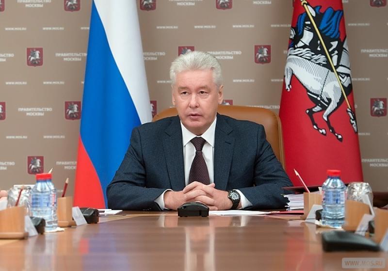 Мэр Москвы: зимой будет организована нестационарная торговля выпчекой