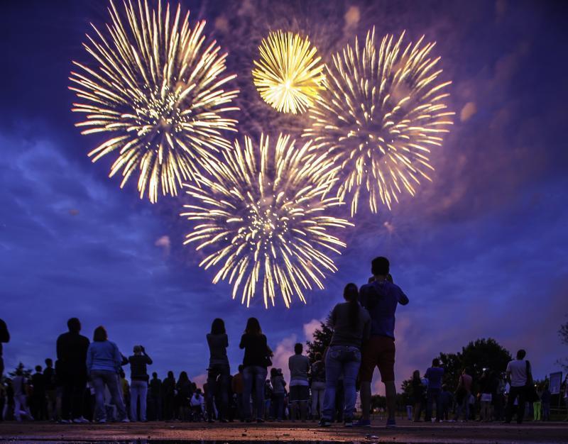 Фестиваль пройдет 23 и 24 июля. Шоу фейерверков будет начинаться в 21:30, а дневная программа фестиваля — с 14:00. Фото: Марина Лысцева/ТАСС.