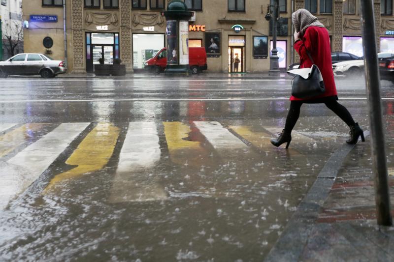 В начале новой недели в московский регион придут ливни и грозы. Фото: архив «ВМ».