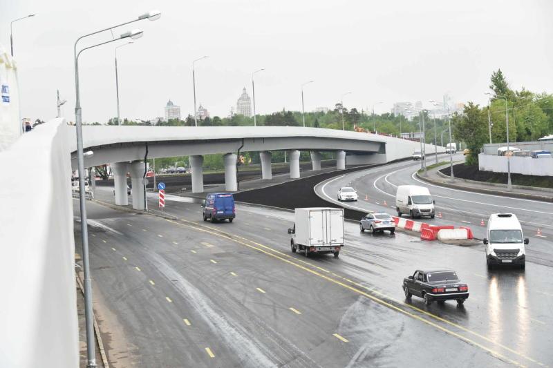 Некоторые участки дороги перекрыли на востоке Москвы