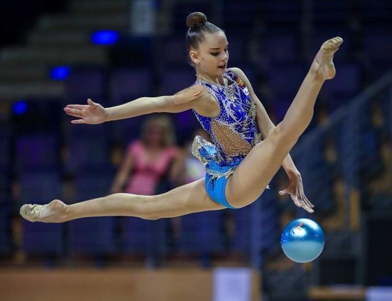 На кубке мира гимнастка из Москвы завоевала три золотые медали