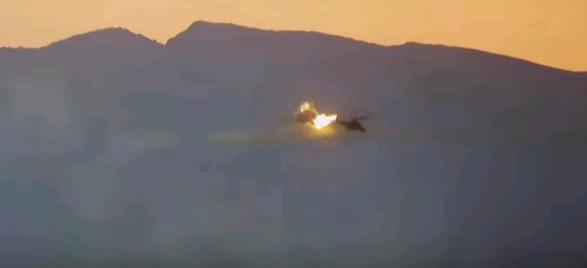 Боевики ИГИЛ* сбили российский вертолет в Сирии