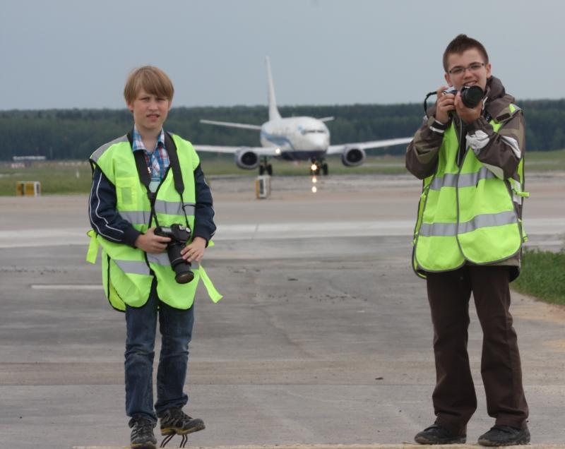 Семидесятипятилетие аэропорта Внуково отметили наблюдением за самолетами