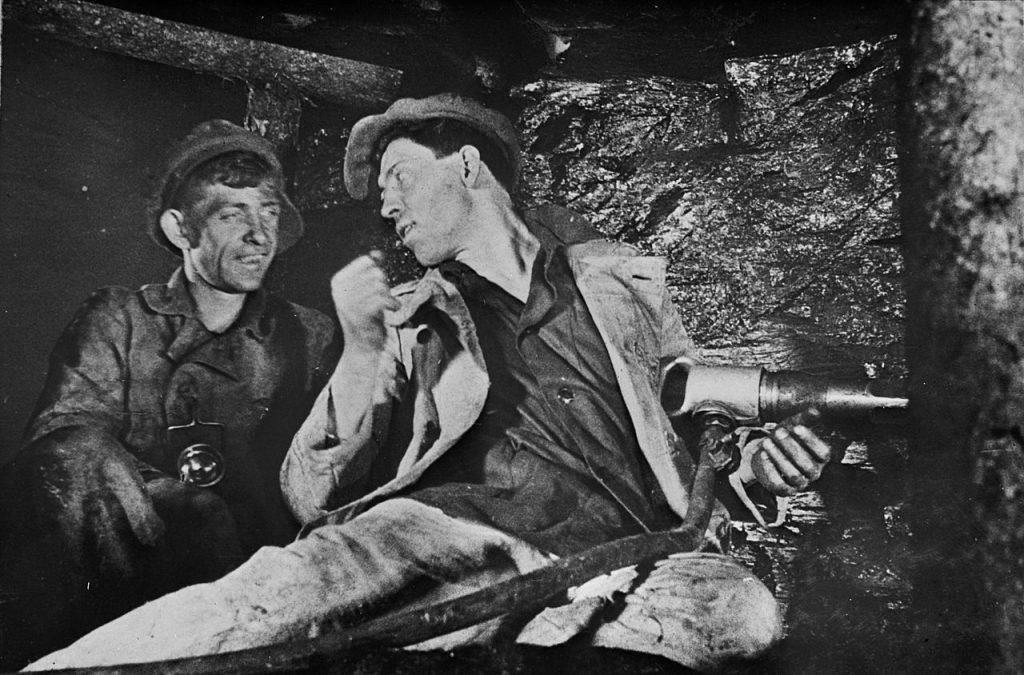 Дата дня: 81 год назад шахтер Стаханов совершил трудовой подвиг